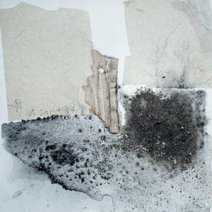 Nachklang 2 - 30 x 30cm (Collage/Pigment)